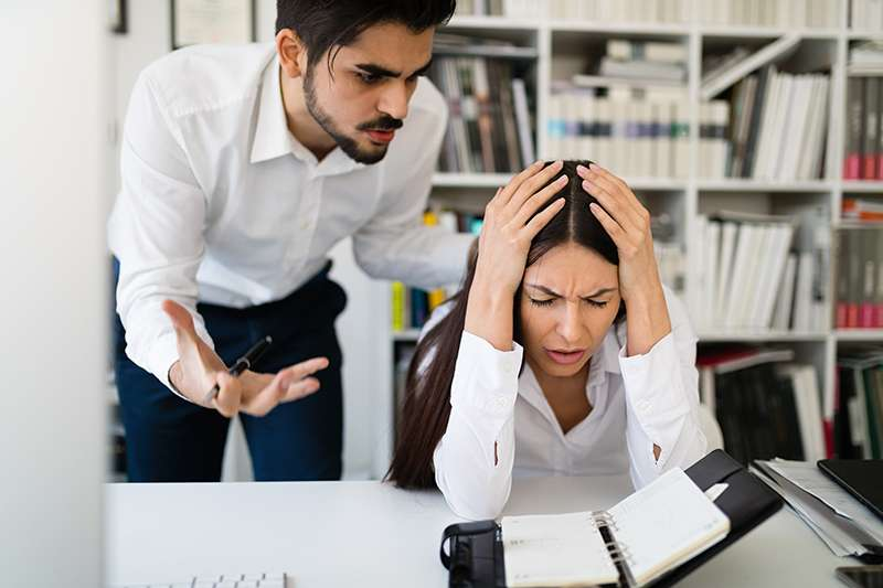 How to identify toxic employees in the workplace
